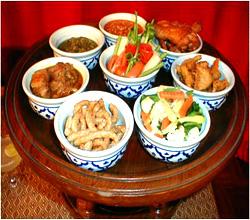 Khantoke_Dinner